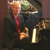 Keyboard Lessons, Piano Lessons, Music Lessons with Pieter Bos.